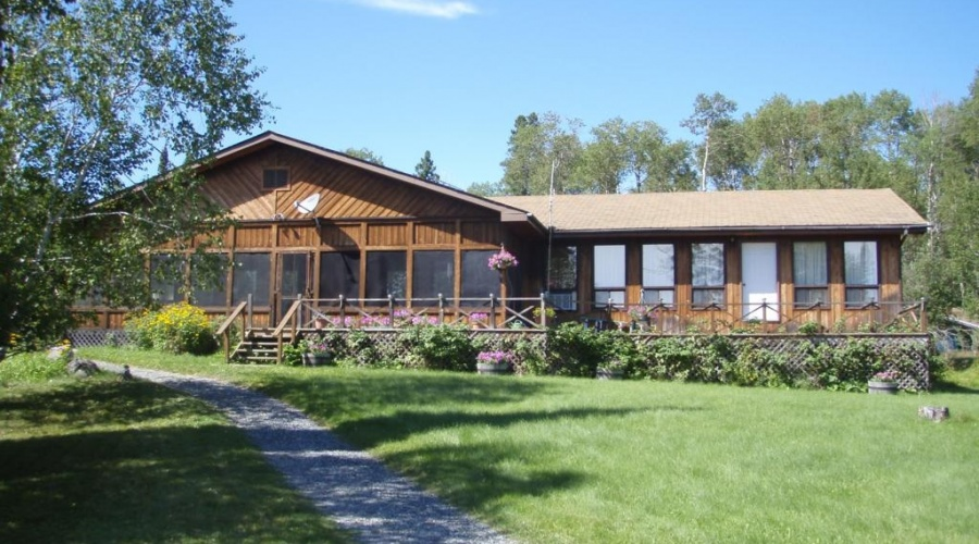 Big North Lodge and Outposts
