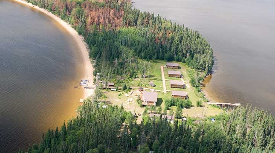Makoop Lake Lodge