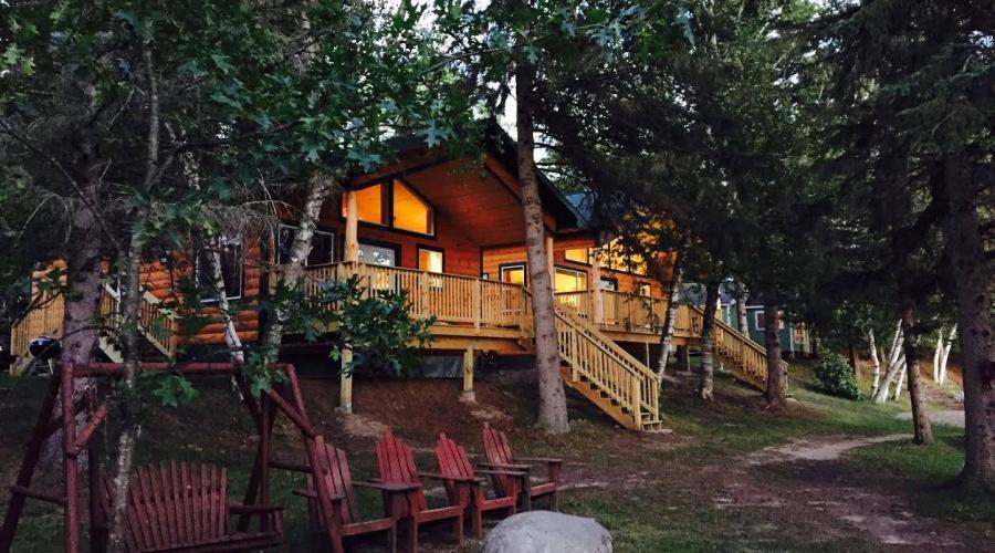 Hyde-A-Way Bay Resort